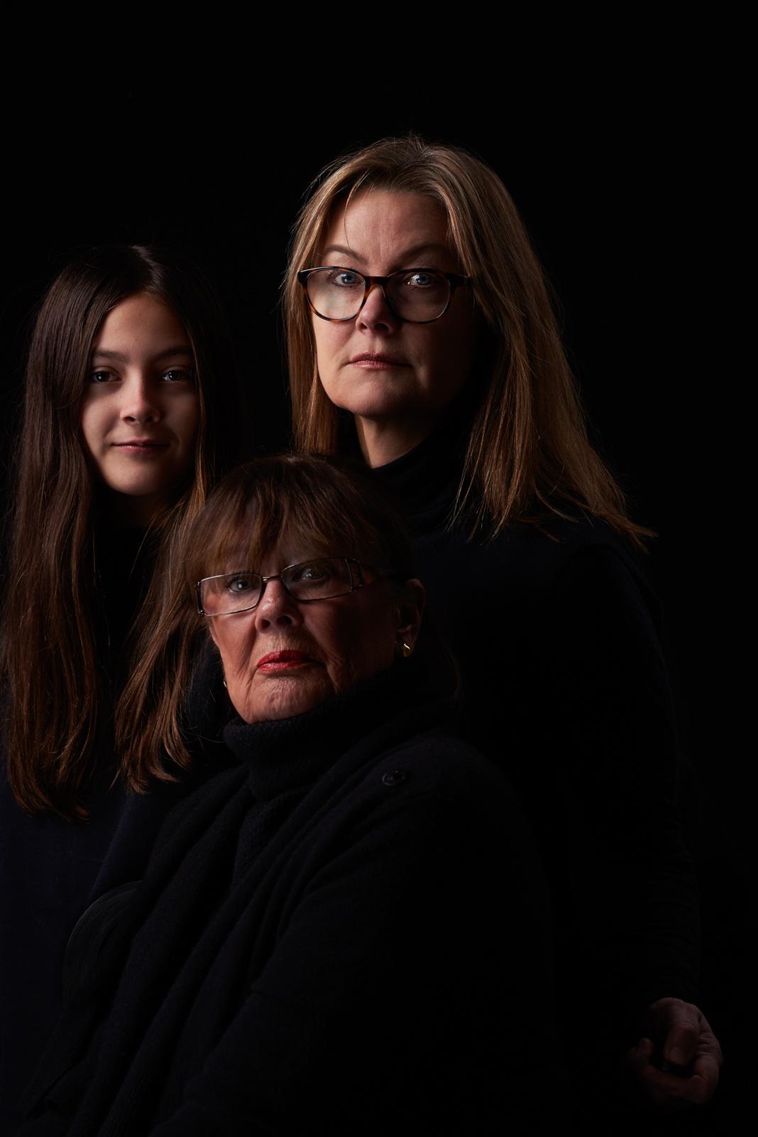 3 generations, self portrait, Gabriella, Cecilia, Gittan, 2018
