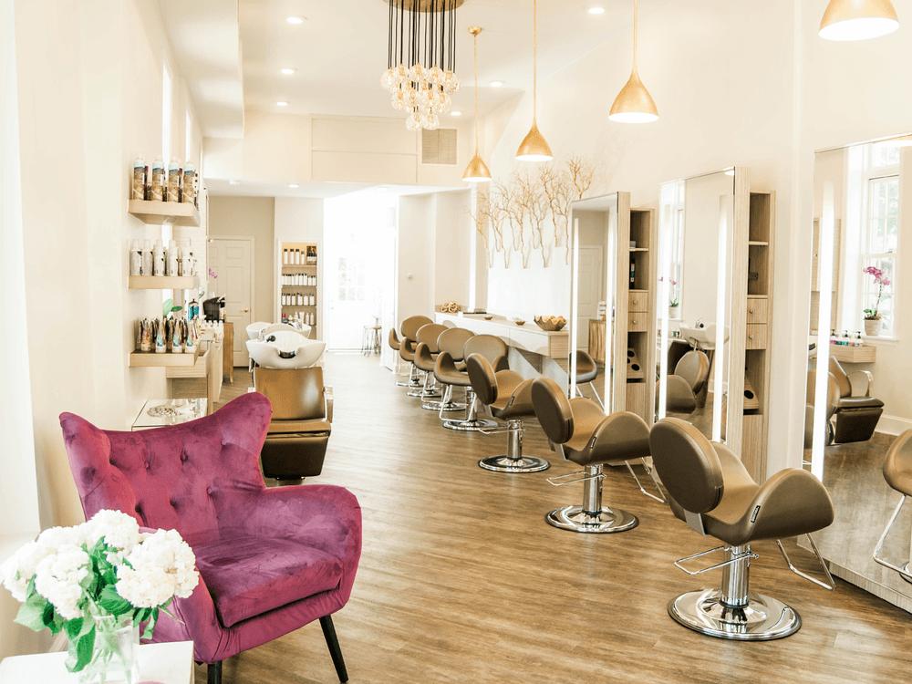 Salon - Inside