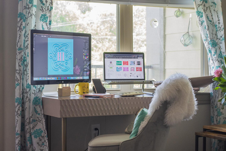 Desk_03_web.jpg