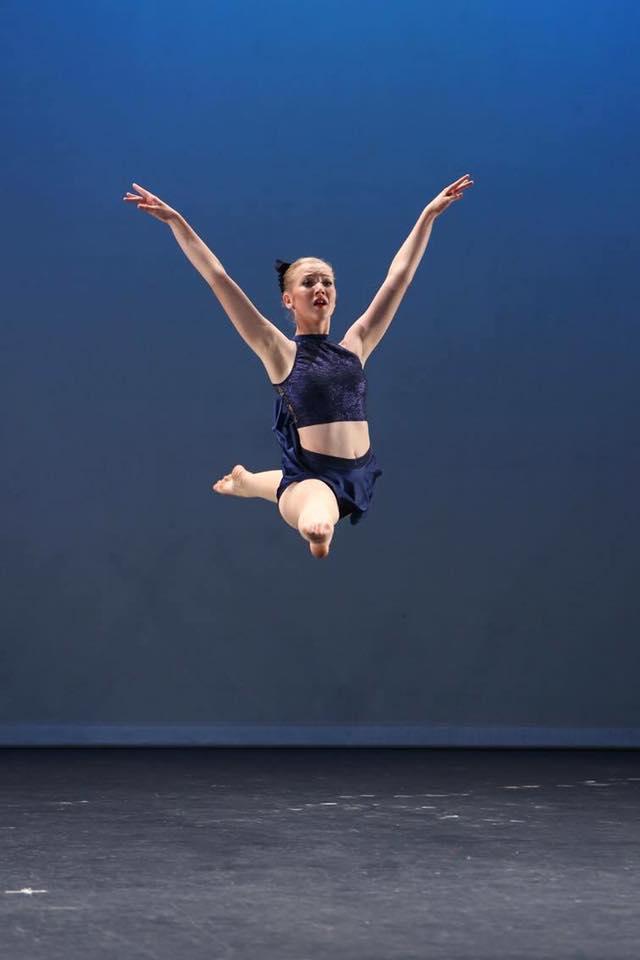 Dianne-McLellan-Dancers-Jete.jpg