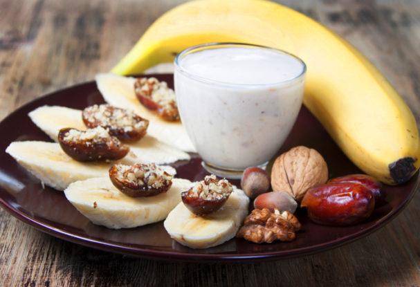 tryptophan-bananas-dates.jpg