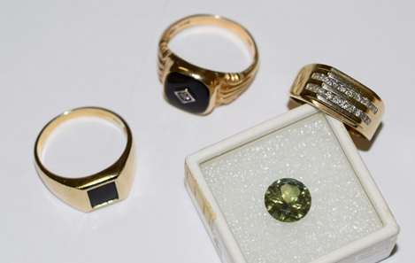 Some old jewellery used in  this article  about recycling jewellery