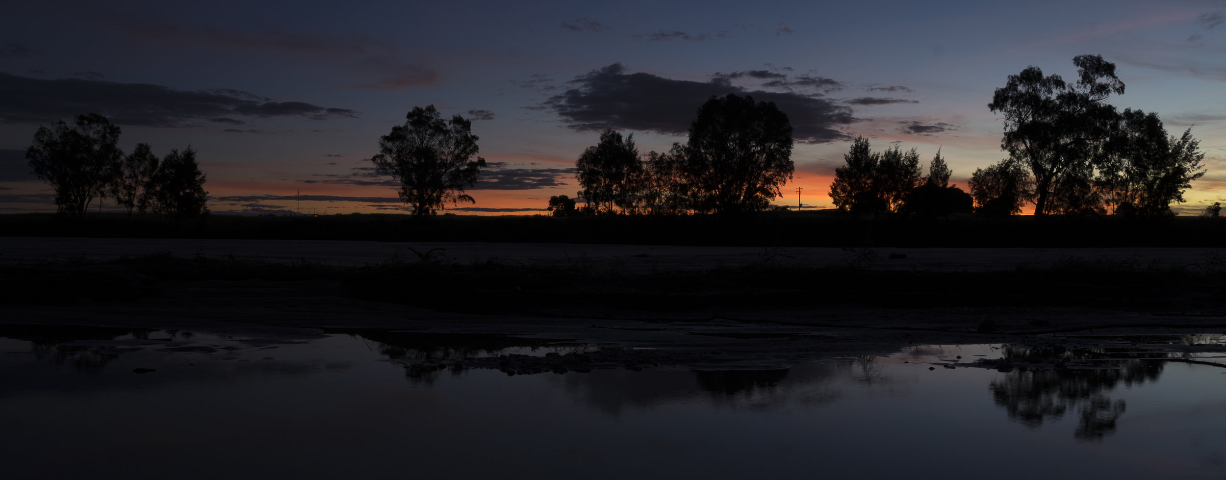 Sunset from the banks of Flinders River before heading to the pub.