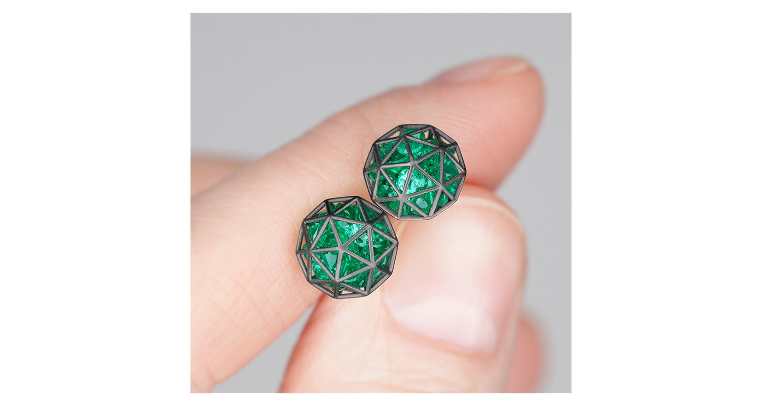Roulette decagon earrings