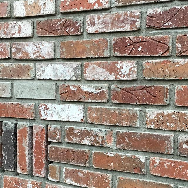 An example of raked joint brick mortar. #underconstruction #buildahome