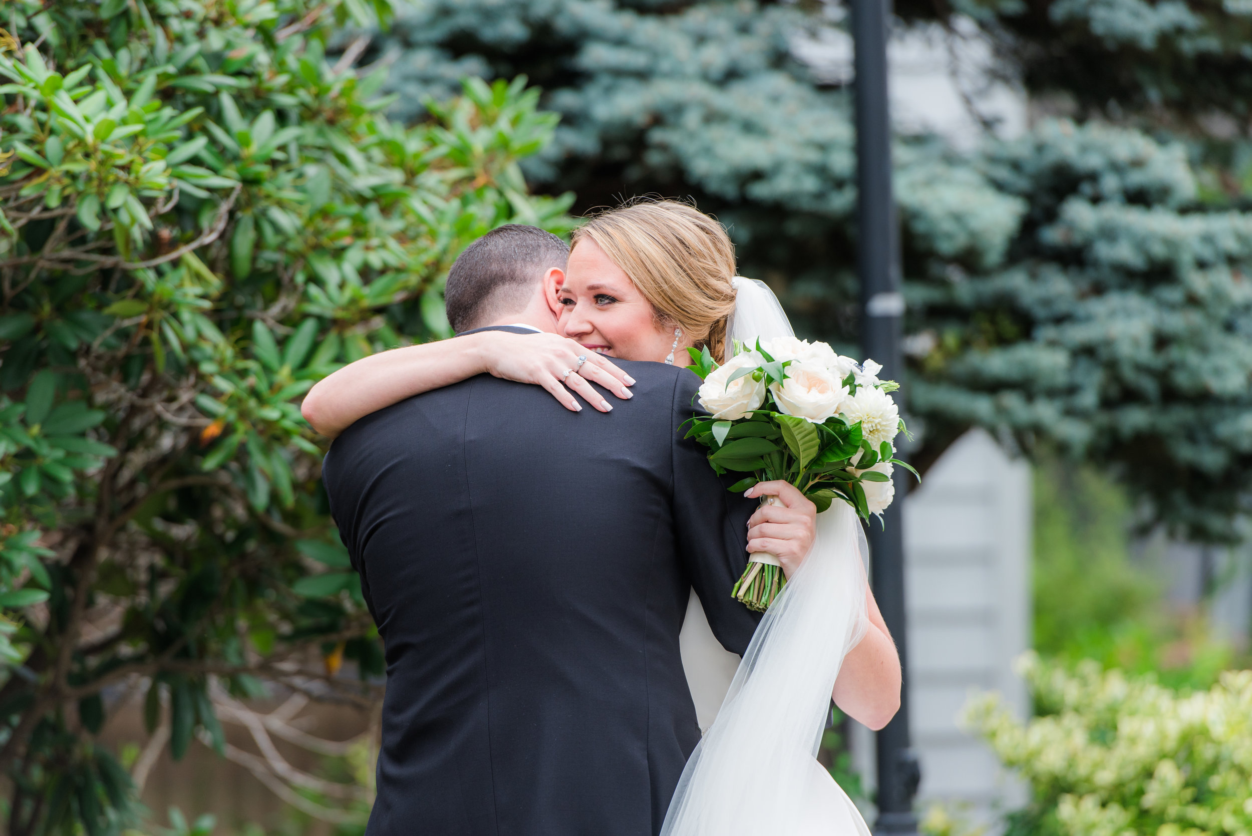 Kayla_Chris_Wedding_WhiteCliffs-210.jpg