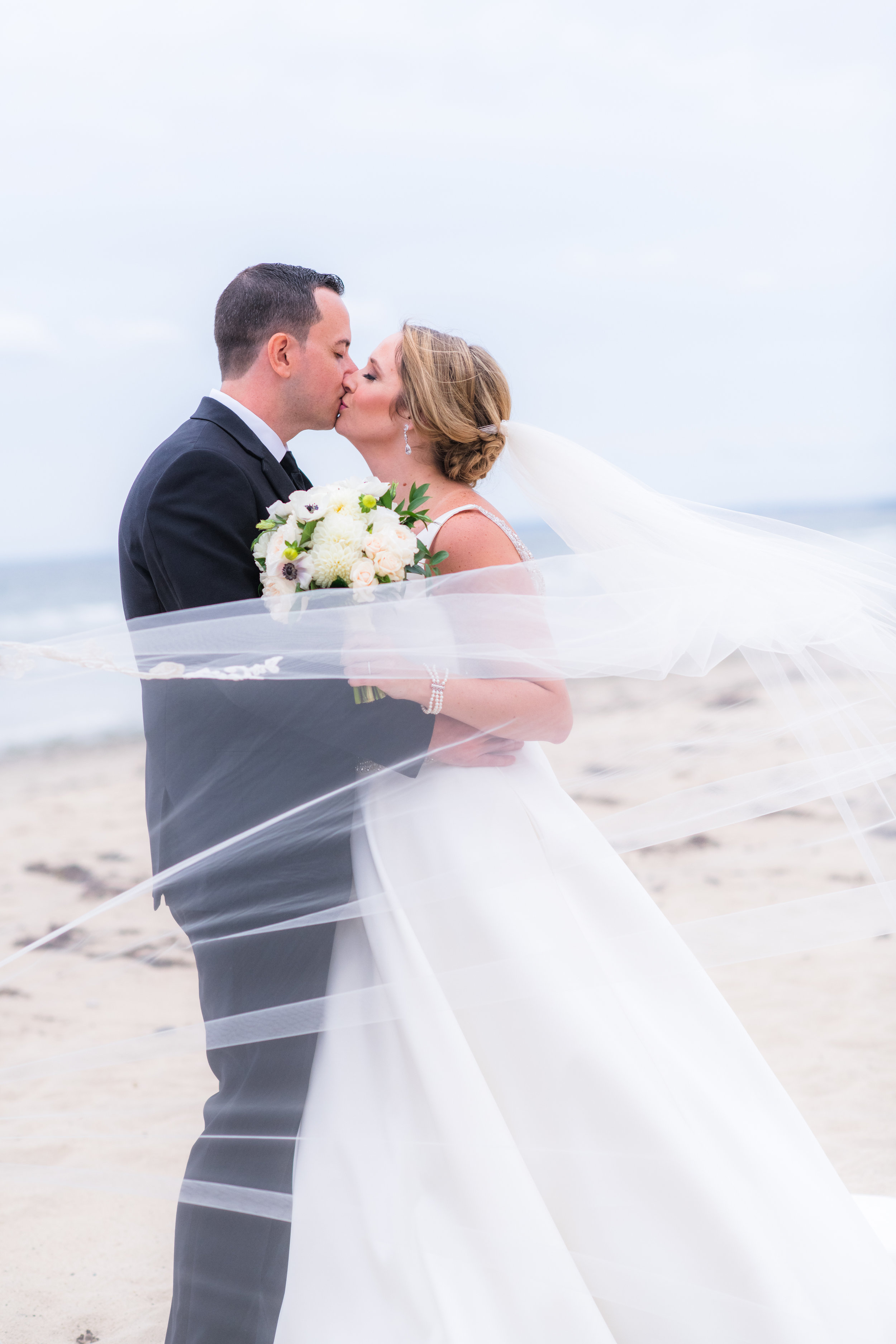 Kayla_Chris_Wedding_WhiteCliffs-809.jpg