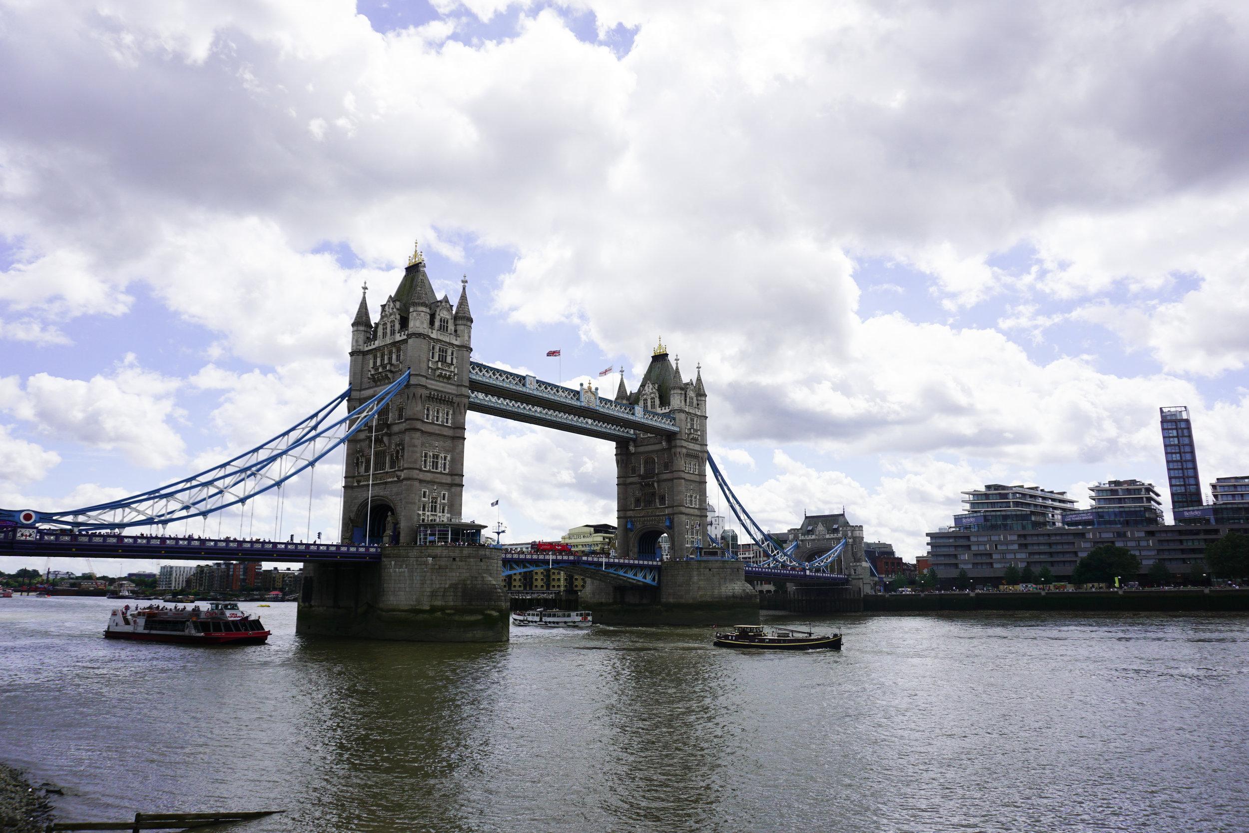 LONDON-BRIDGE-02788.jpg