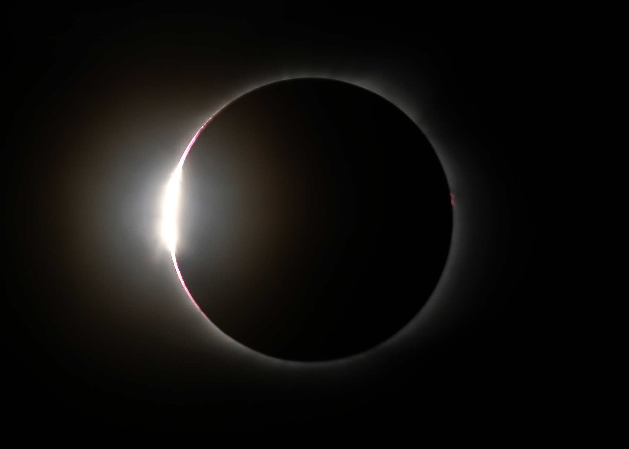 The Diamond Ring. Notice the red on the right side of the corona.