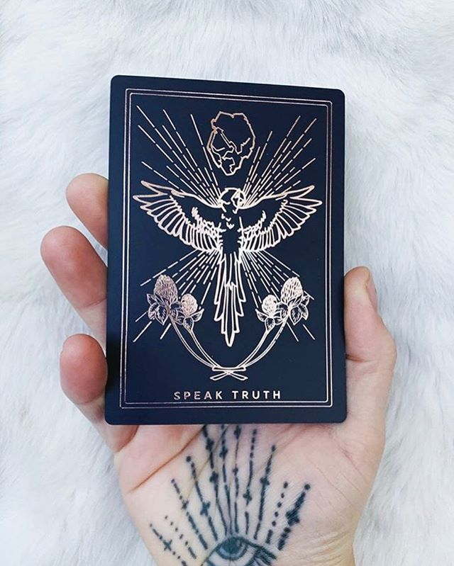 There's only one thing @iamblaireporter and I love more than snacks:  IT'S OPTIONS.  2nd and 3rd editions of @thethreadsoffate launching Spring'19     #fateweavers #witchesofinstagram #hands #tarot #oracle #witchy #bff #oraclecards #rosegold