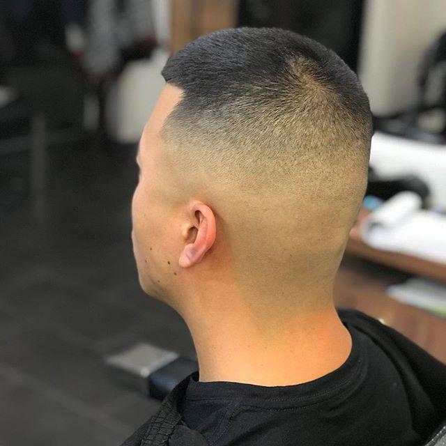 #fades #thebarbershop #barbershopconnect #asianhair #asianboy #lineup #marina #marinacowhollow #savage #savyho