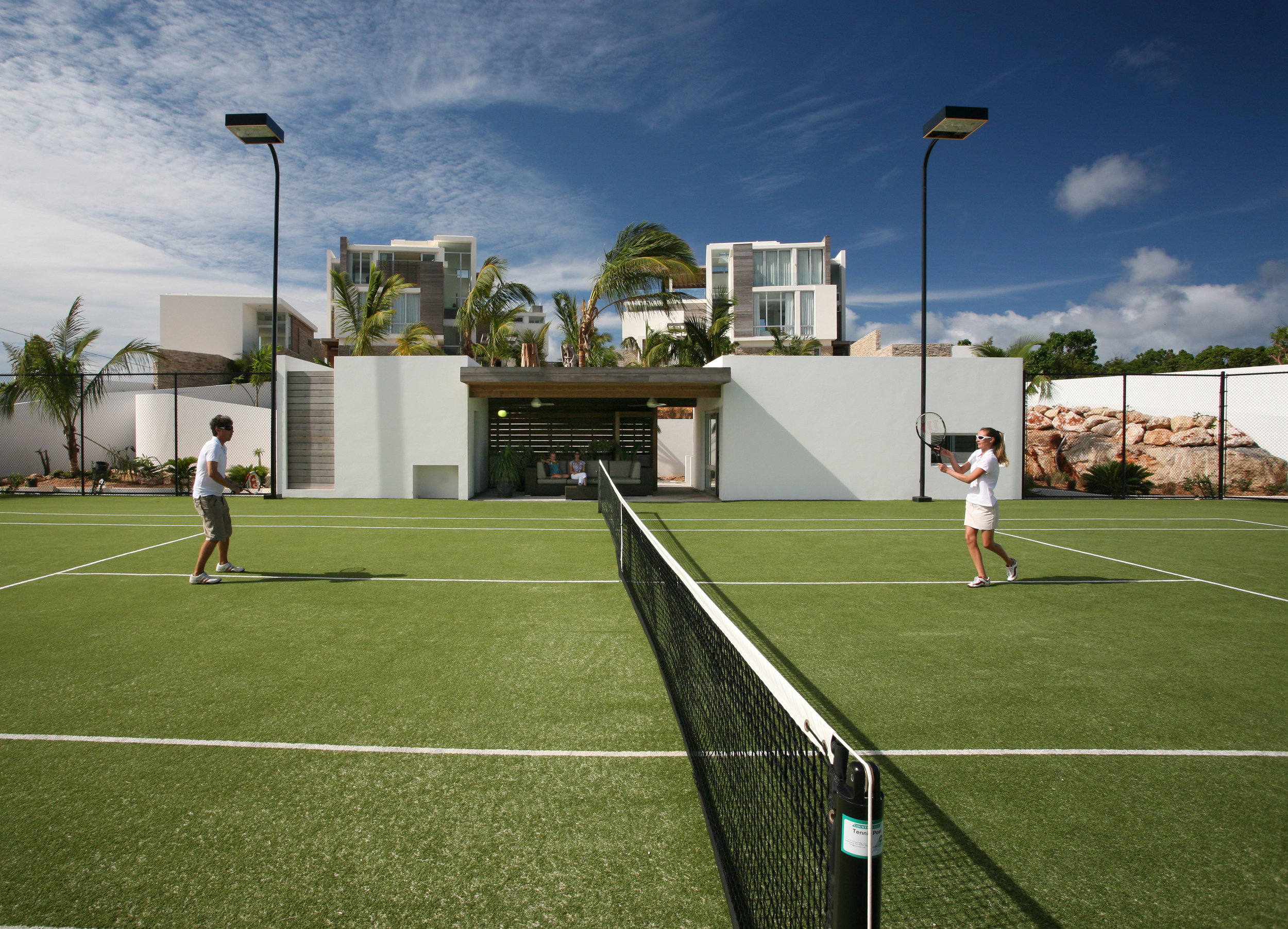 TENNIS COURT & BASKETBALL HOOPS