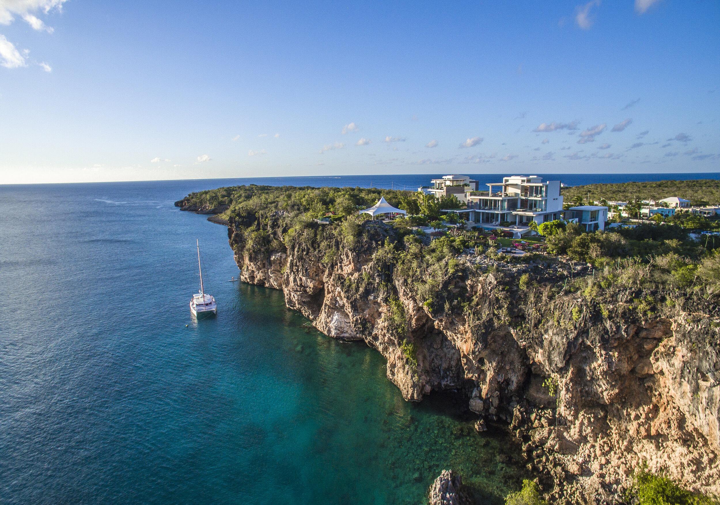 _HERO_ANI_Anguilla_Longview1.jpg