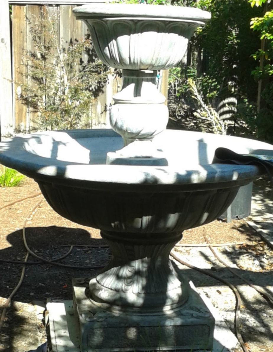 Amason's Empty Fountain before succulent installation May 2016.jpg