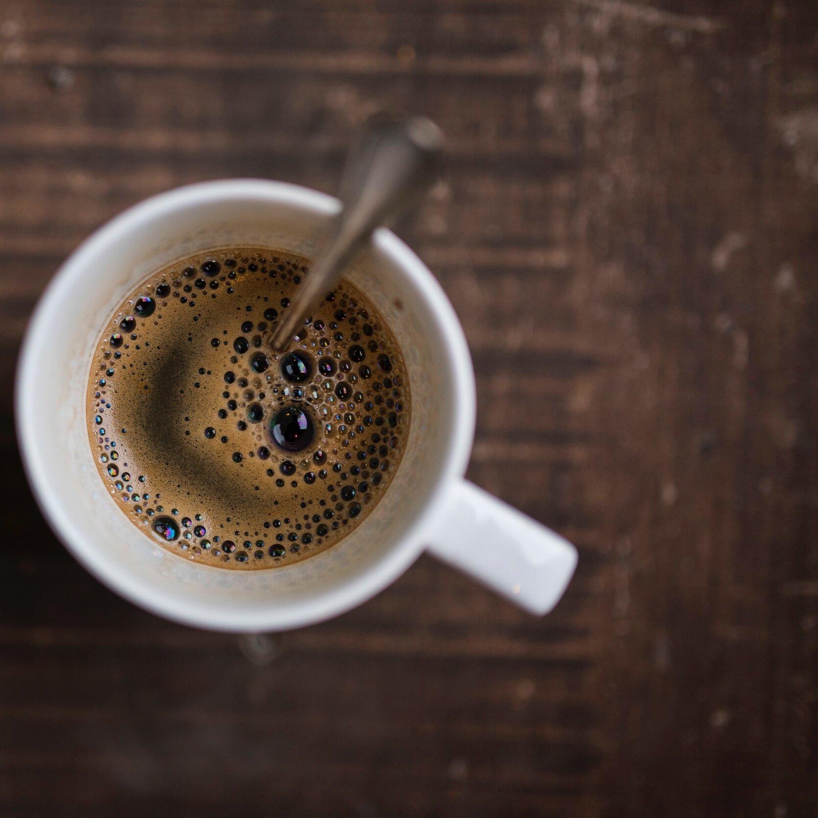 Meer informatie of een bakkie doen? - Ik kom graag met u in contact voor het uitzetten van een fotografieopdracht. Wilt u meer weten, of gewoon kennis maken (met koffie) kunt u onderstaand formulier gebruiken.