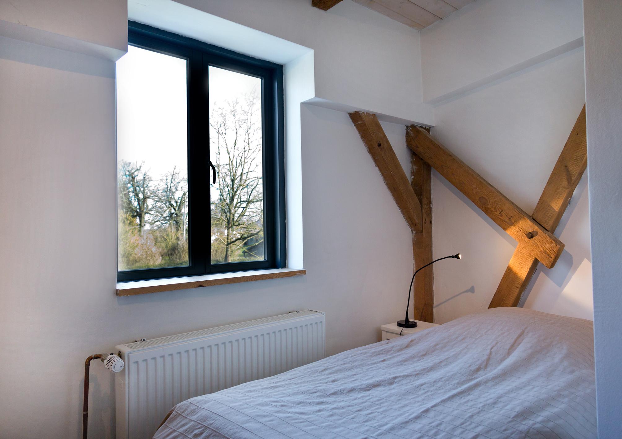 Einzelbett-Schlafzi. Bett 90 x 200