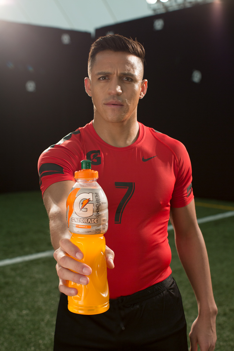 alexis-sanchez-bts-tv-commercial-stills-photography-uk-laura-radford.jpg