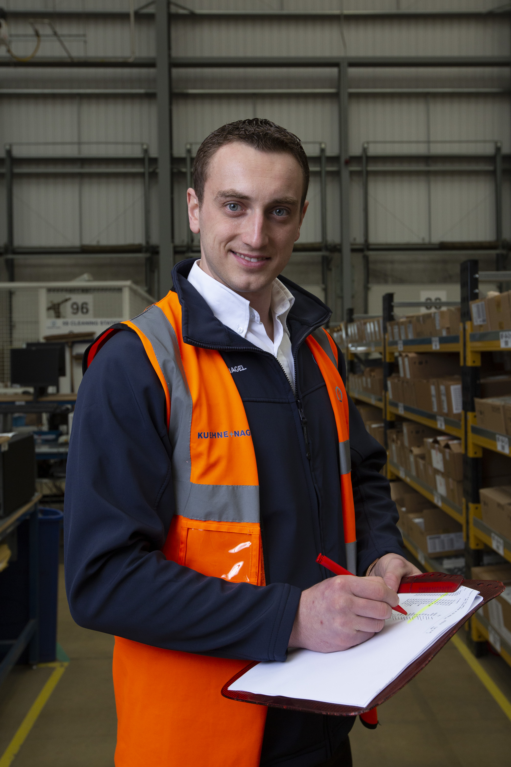 warehouse-photographer-portrait-london-uk-logistics.jpg