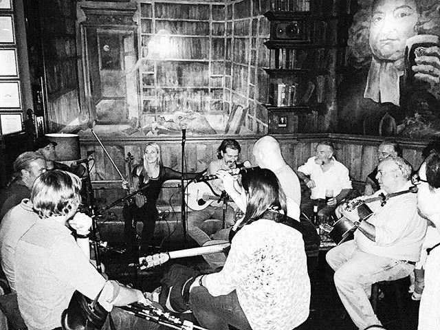 Full house of musicians tonight #irishtrad #thirstytuesday