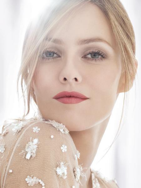 316145d983c7d156536537d77e0c57ae--chanel-lipstick-makeup-lipstick.jpg