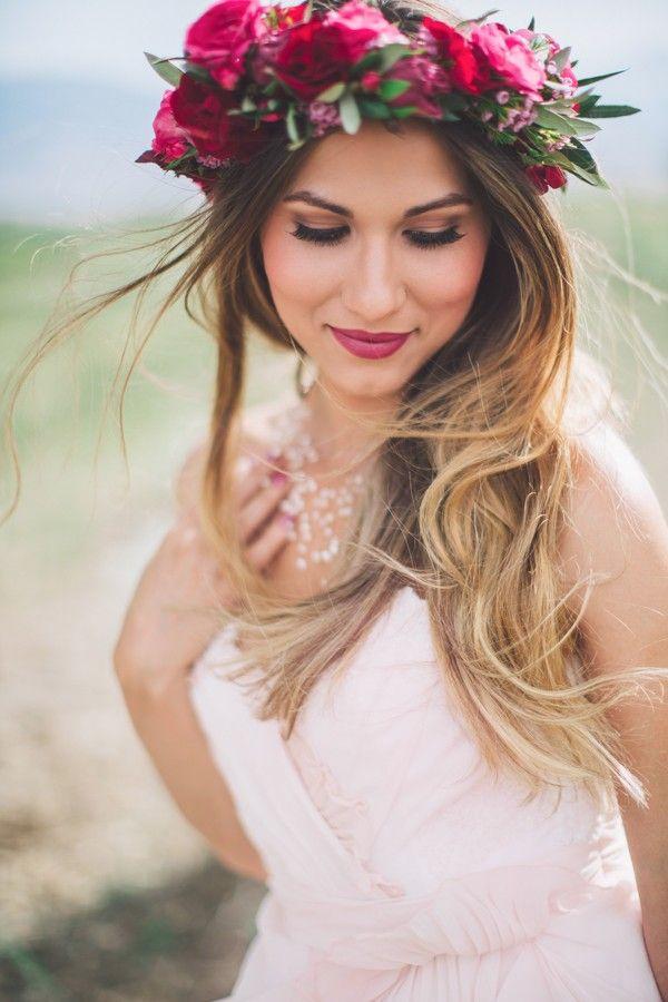 48f6df819303d6a7766a76a054614cf1--bridal-flower-crowns-floral-crowns.jpg
