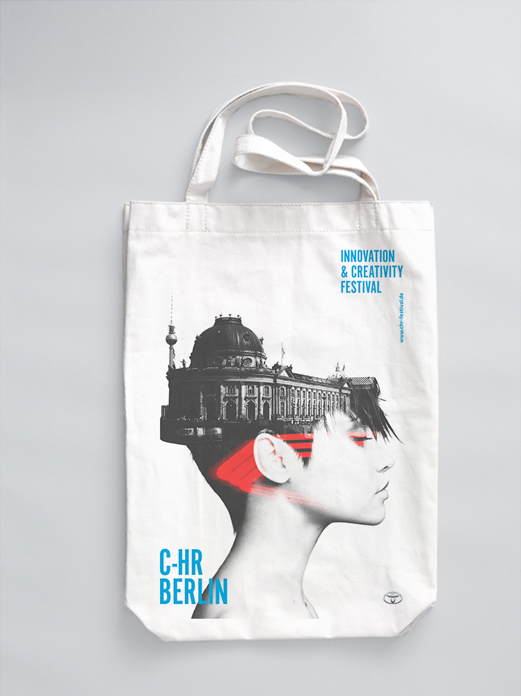 C-HR_BERLIN_Merch_Bags_3.jpg