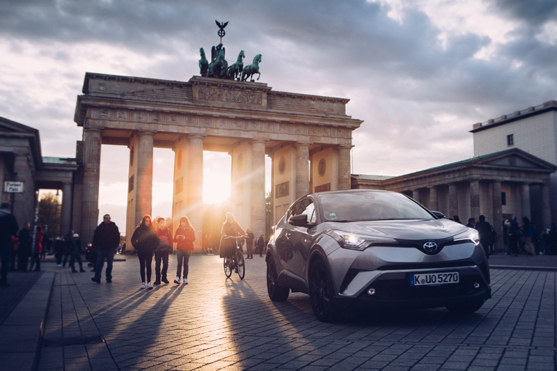 Toyota_©TomWoollard_C-HR_Roadshow_Berlin-0911-Edit.jpg