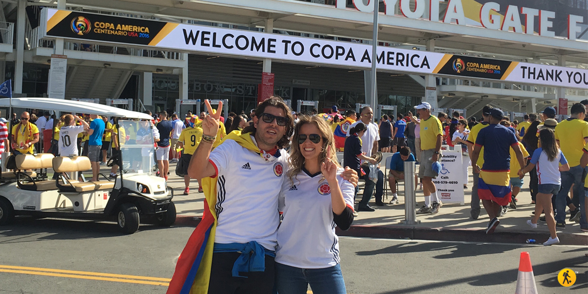 Daniel and his wife Laura are very excited before the match.