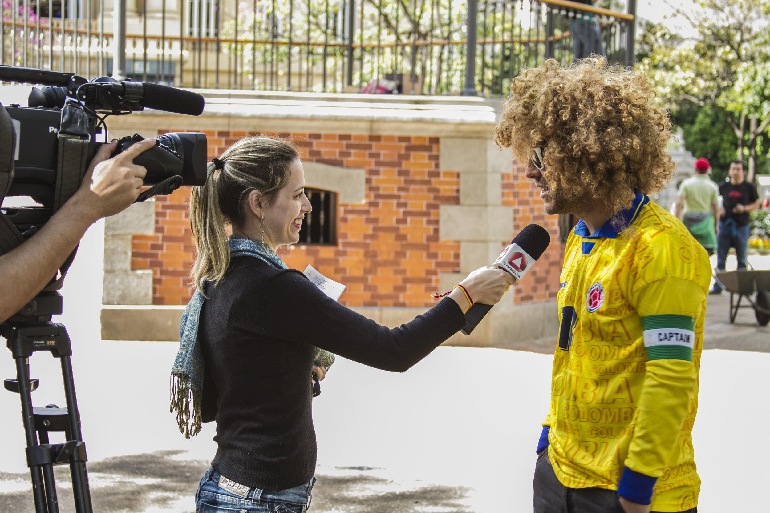 Nuestro primer dia en Brasil. Siempre hay que ser atentos y amigables con la prensa.