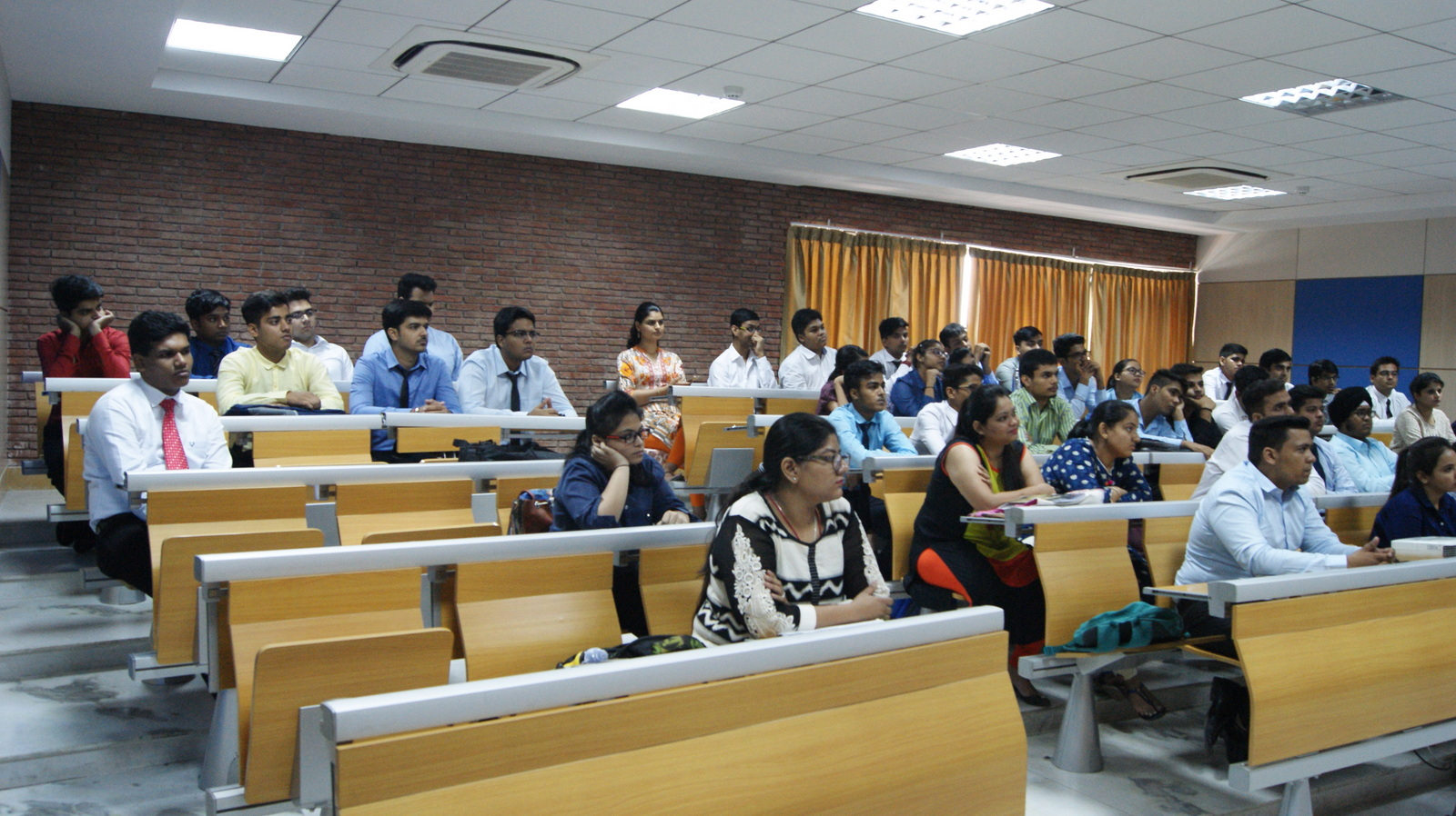 Guest Lecture by Shruti Holiday Inn 17 August 2017 (3).JPG
