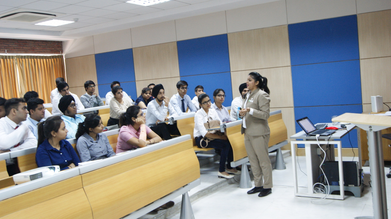 Guest Lecture by Shruti Holiday Inn 17 August 2017 (6).JPG