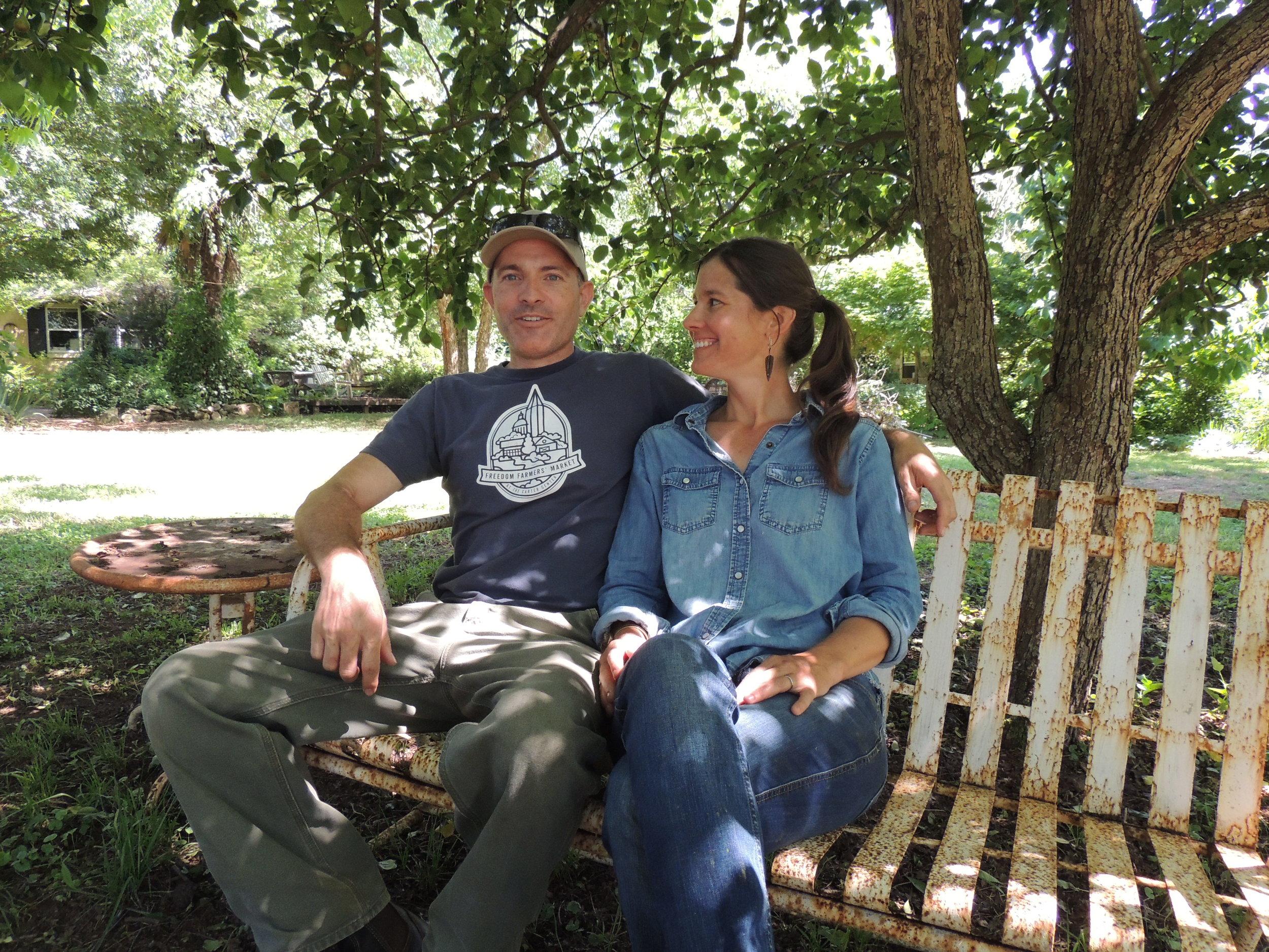 Mandy+Steve-OShea-3PorchFarm-AthensGa.JPG