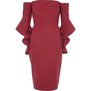 Pink bell sleeve bardot bodycon midi dress €65