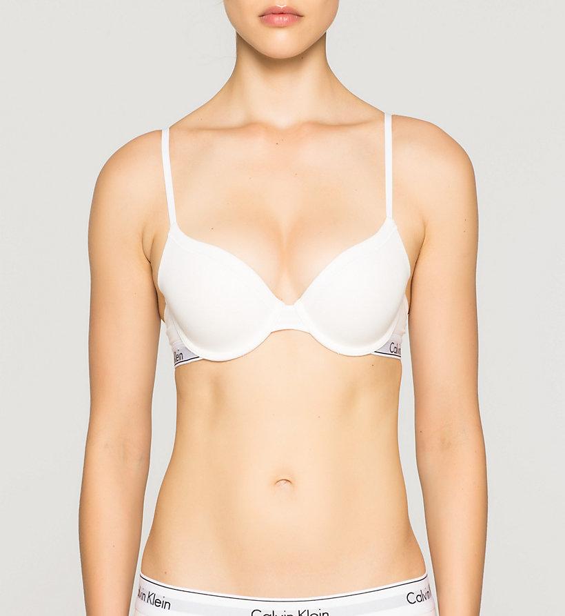 Calvin Klein t-shirt bra and hipsters underwear
