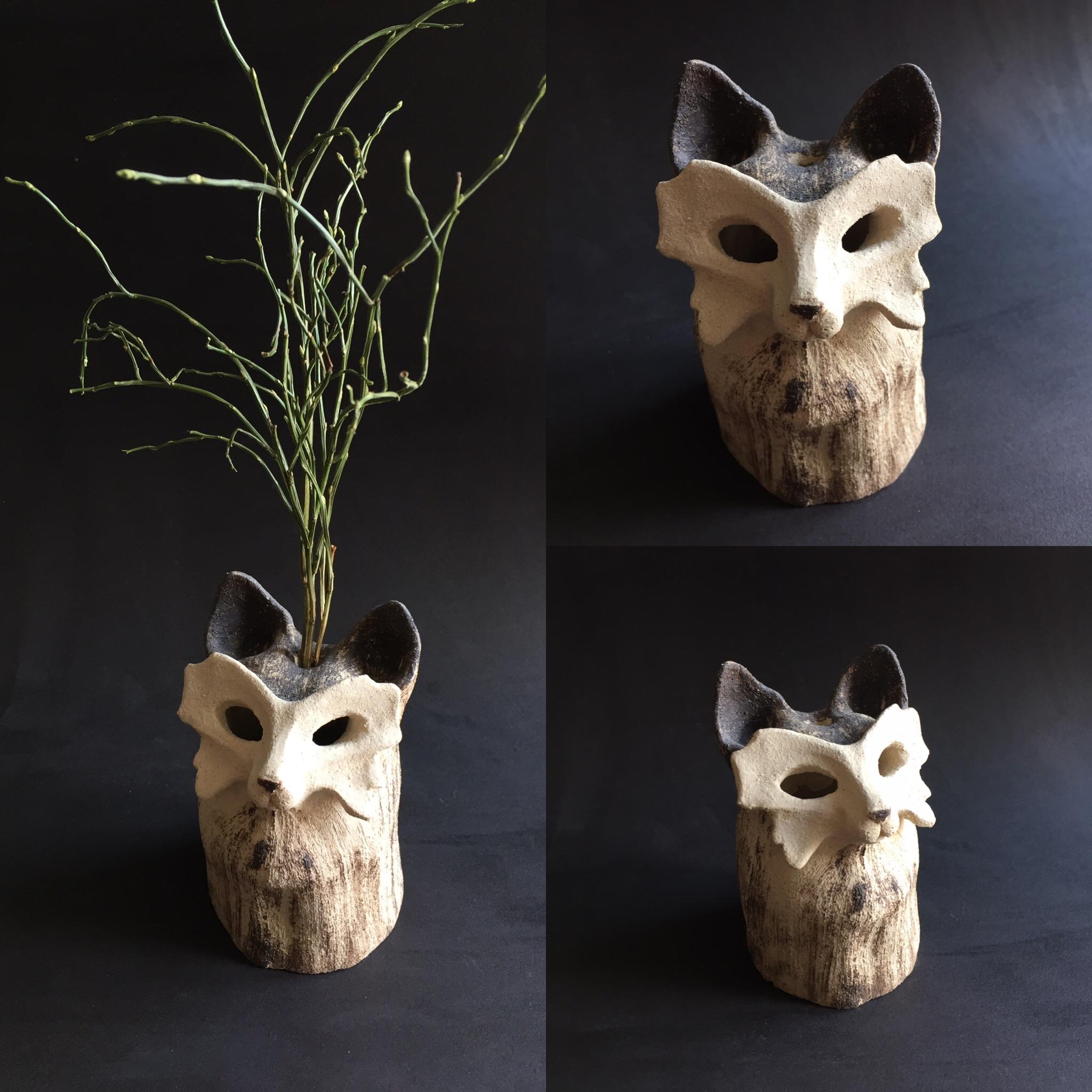 Cache vase - Chat-papillon - grès blanc et noir - 13 cm - 250€