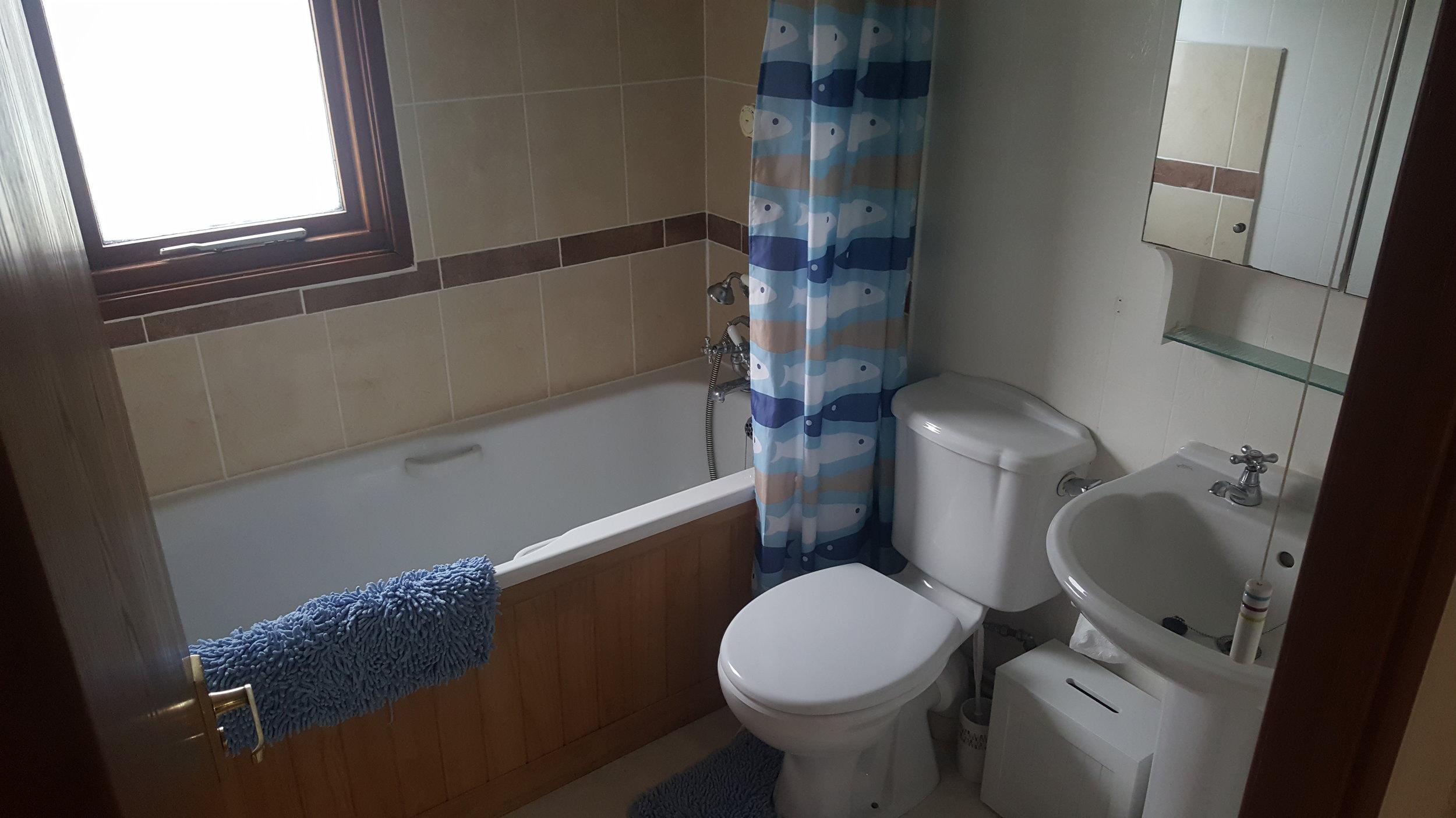 Bathroom - Lodge Lorton Vale Caravans lortonvalecaravans.co.uk
