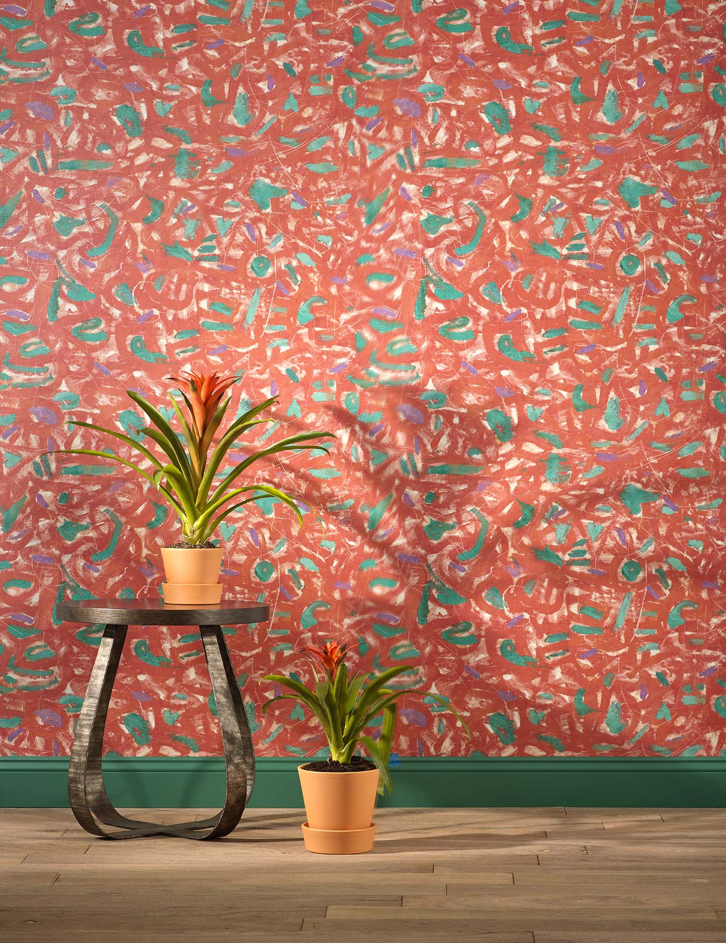 Expressions, a new wallcovering, is based on Pamela's painting - you can glimpse the original in a photo above!