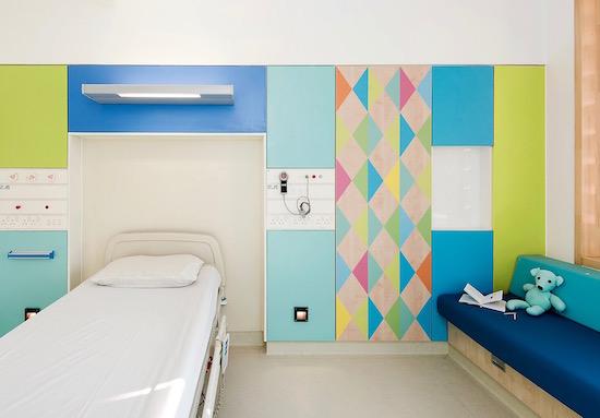 sheffield-childrens-hospital-morag-myerscough-interior-design-uk_dezeen_2364_col_21.jpg