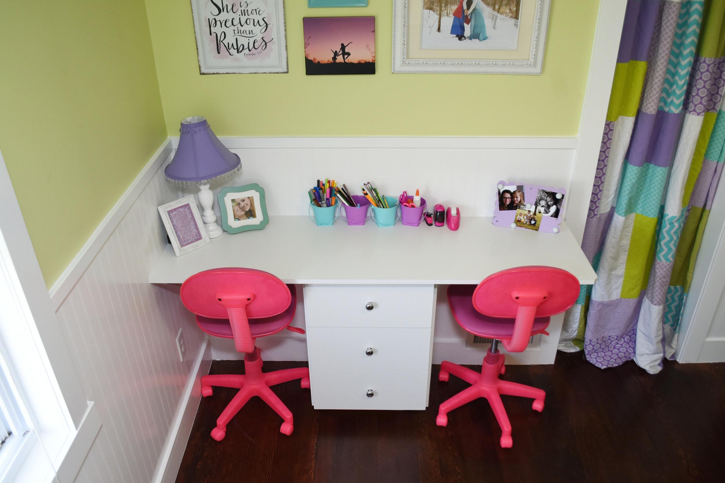 Dual Children Desk.jpg
