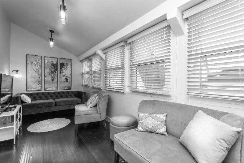 Interior+Sunroom.jpg