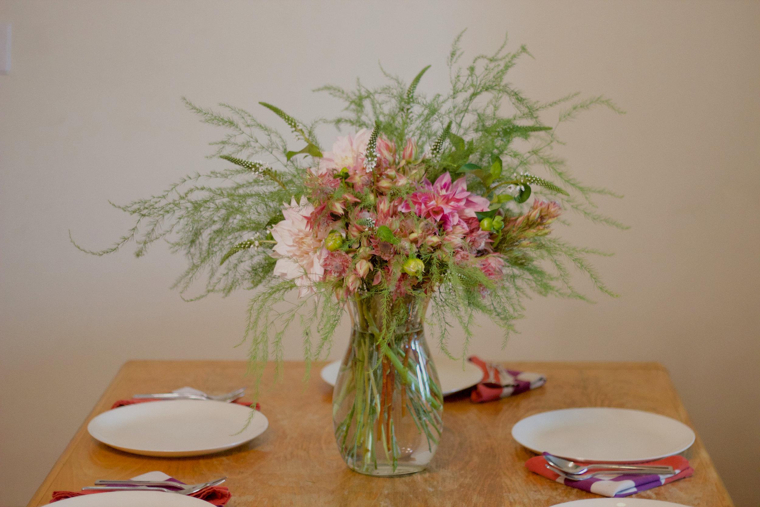 philosophie floral pink dahlia centerpiece