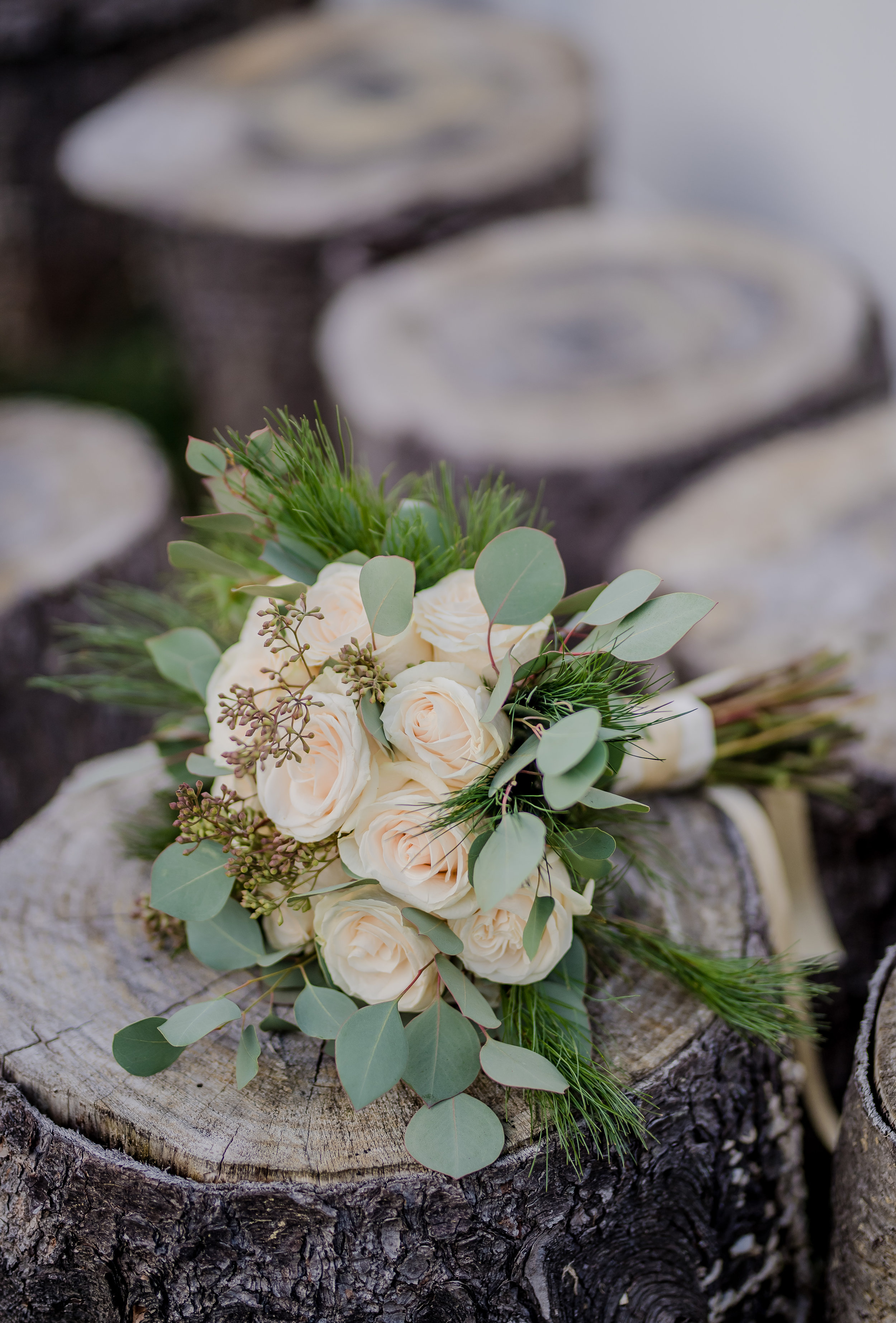 Philosophie Floral Ivory Rose Bouquet