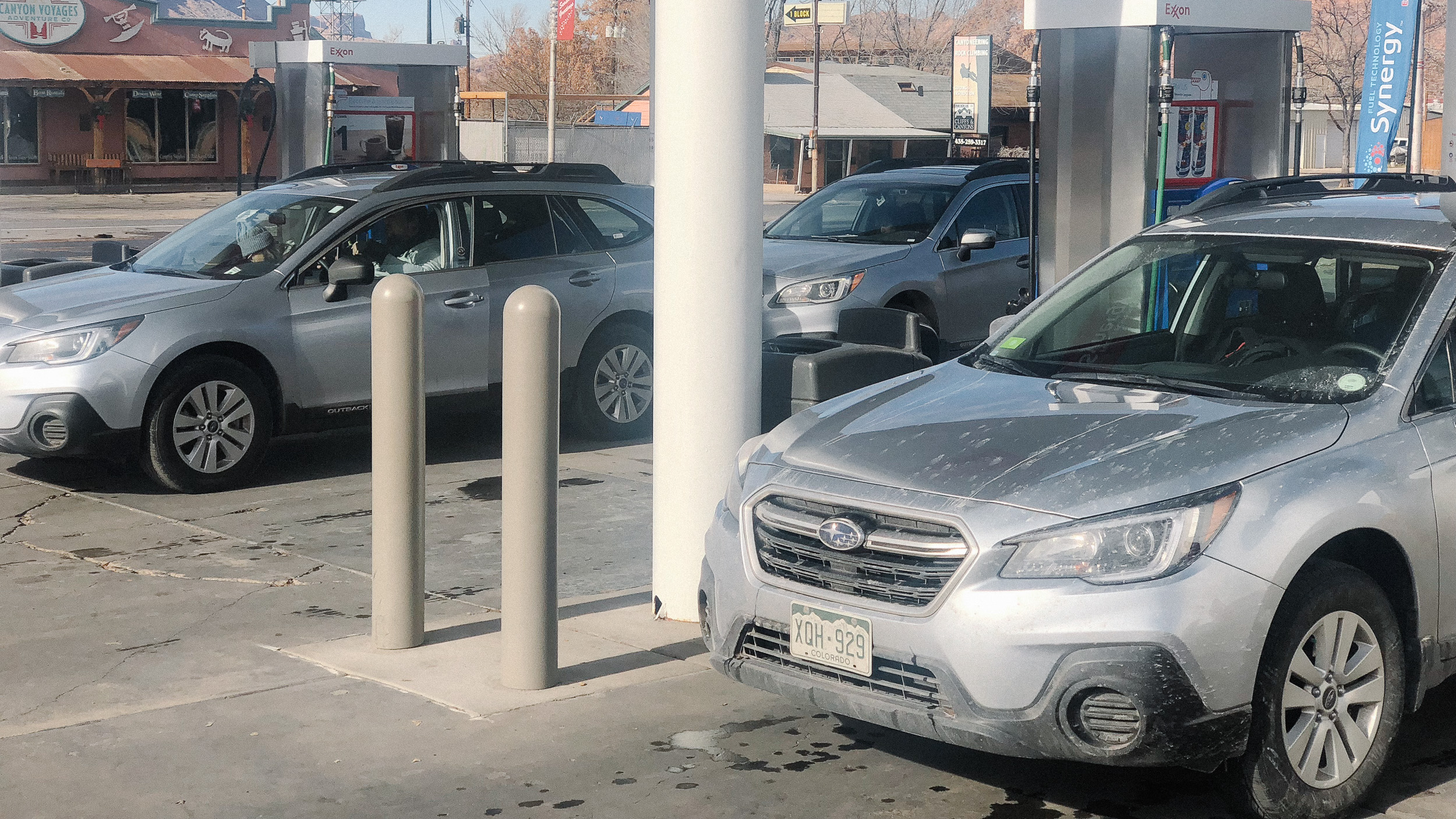 You know you're in Moab when you pull into a gas station 100% occupied by identical silver Subaru Outbacks… Mine was the dirtiest though, so I'm pretty sure I won.