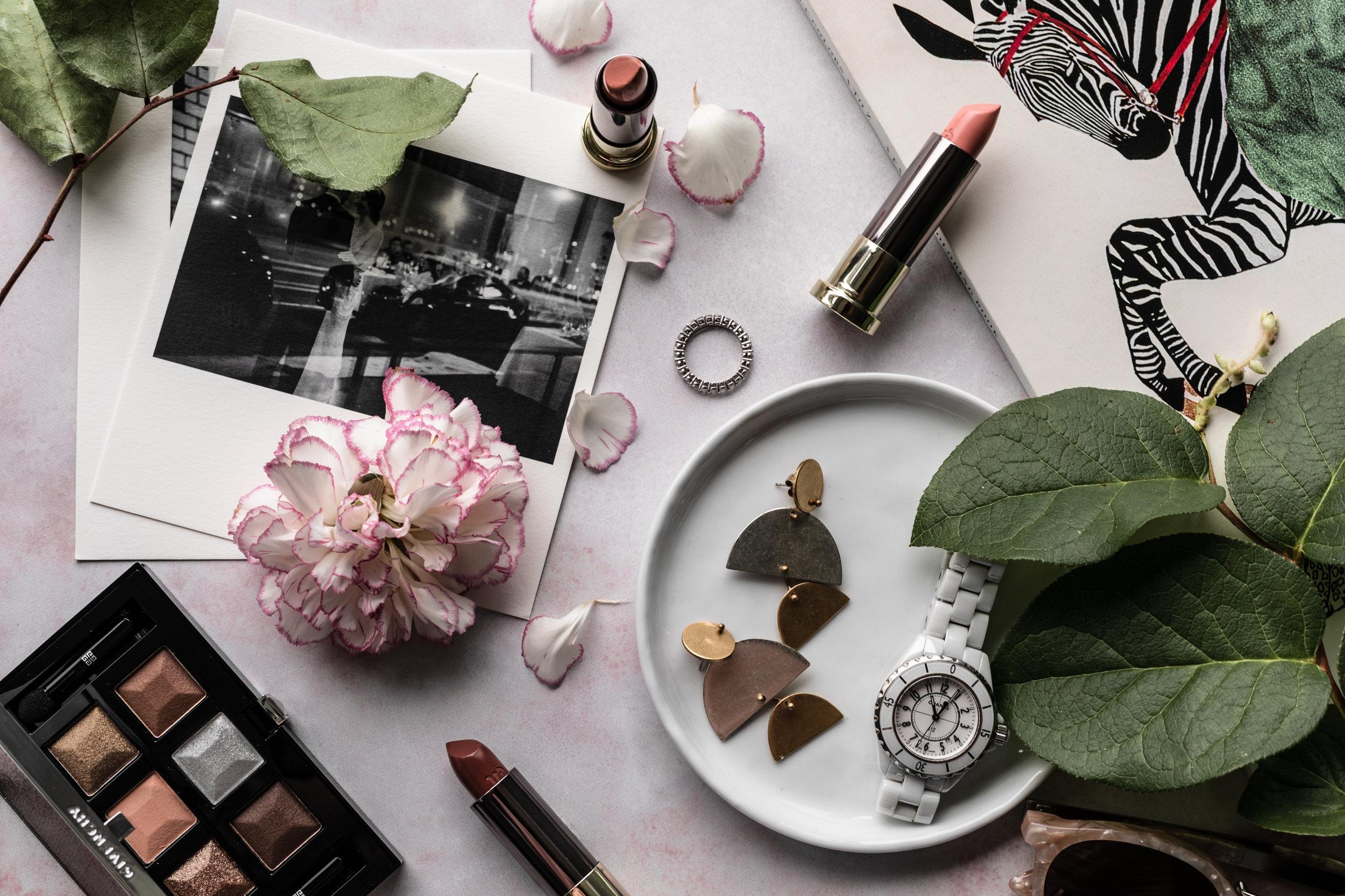 feminine-flatlay-cosmetics-lifestyle-photography-jesica-kurashima.jpg