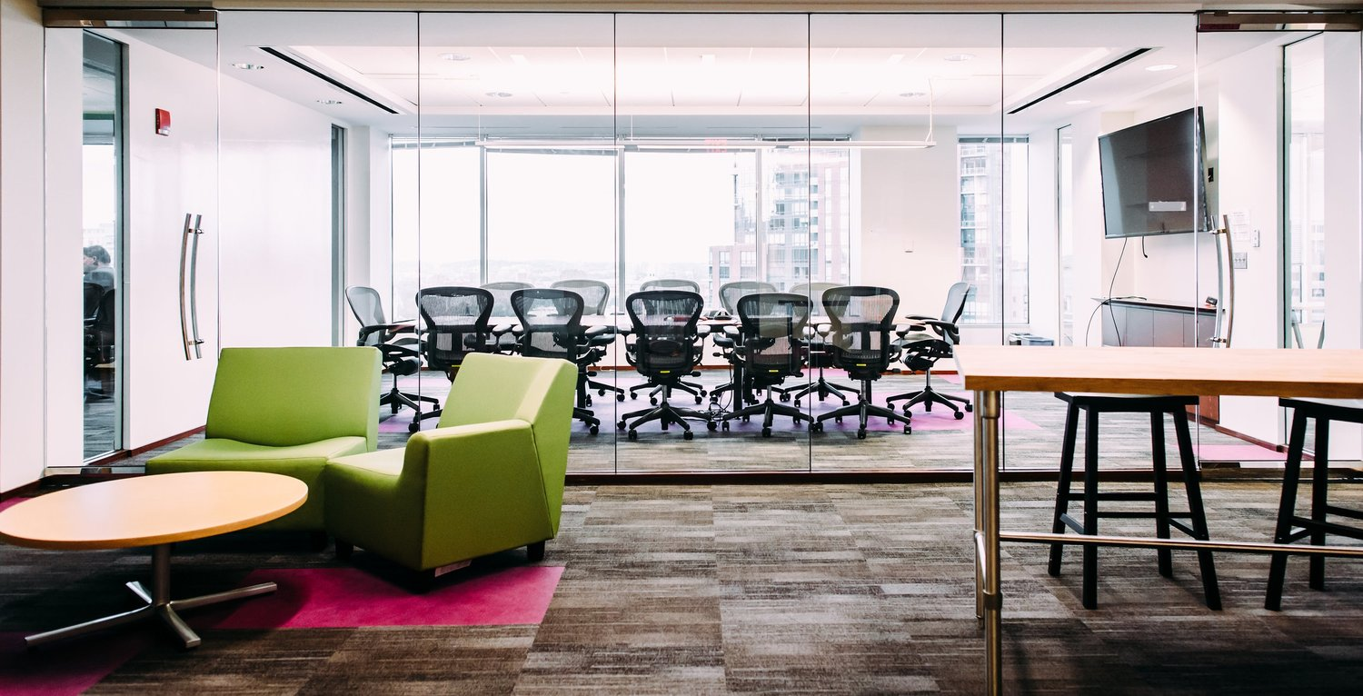 7 Considerations before Choosing a Startup Office