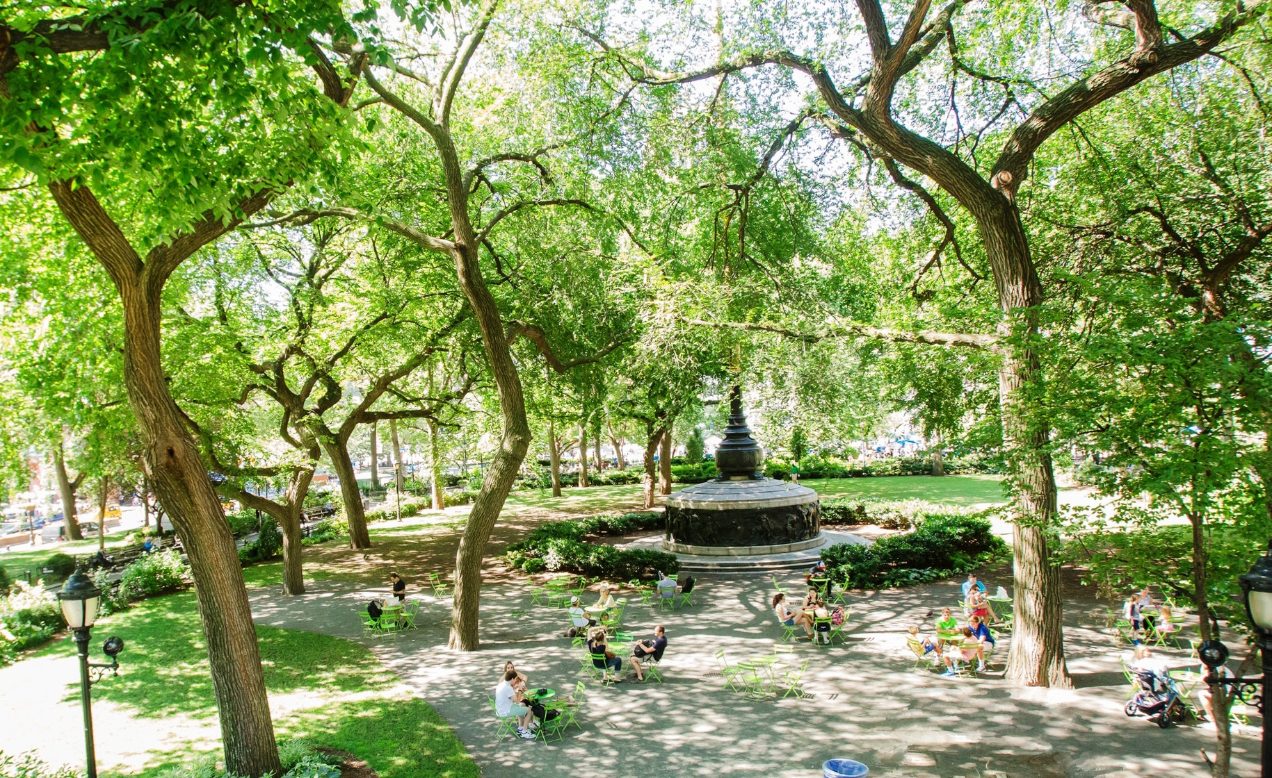 Explore the difference between Union Square Park's original 1839 design and current design of the park.