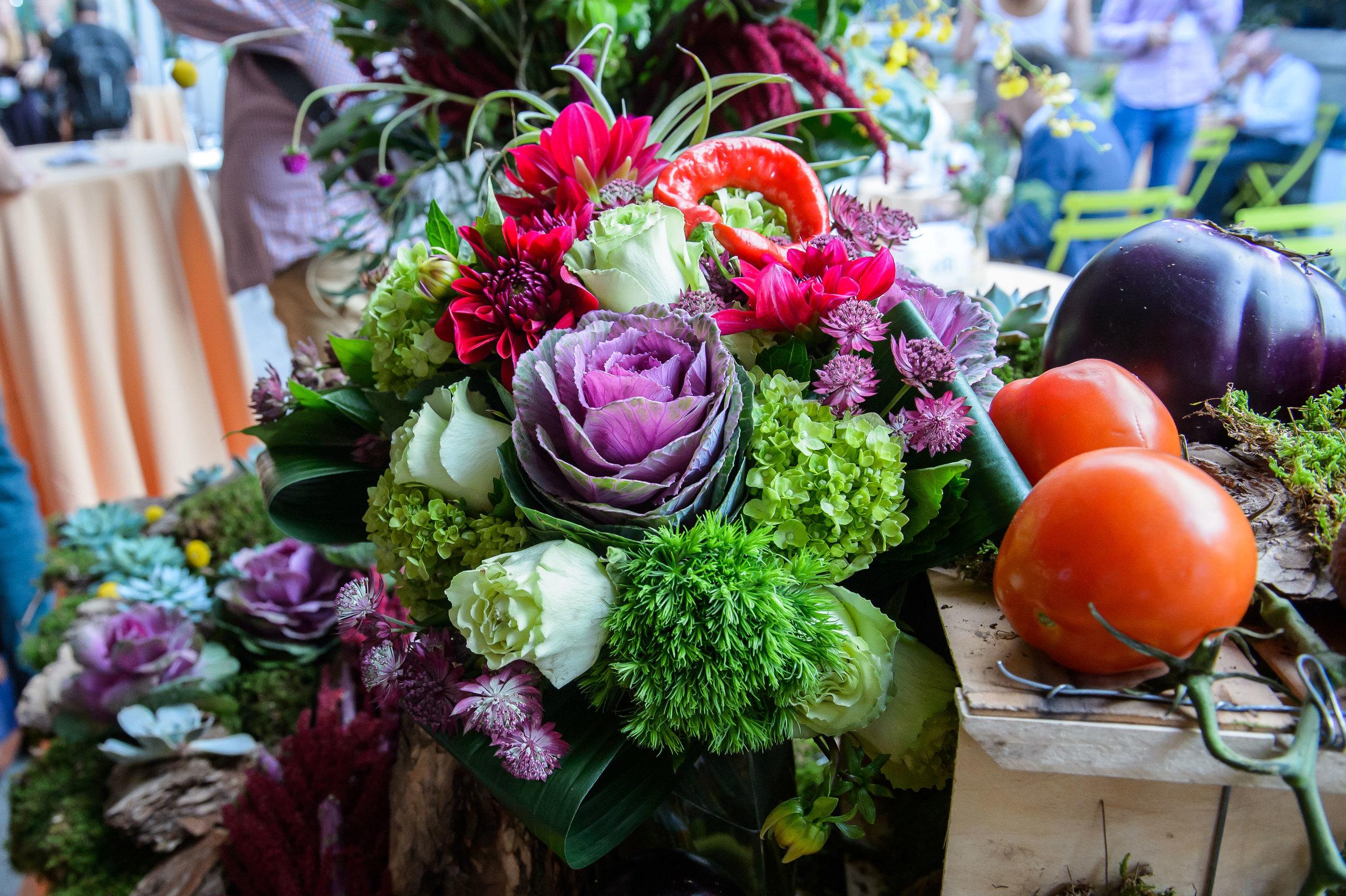 Starbright Floral Design event display
