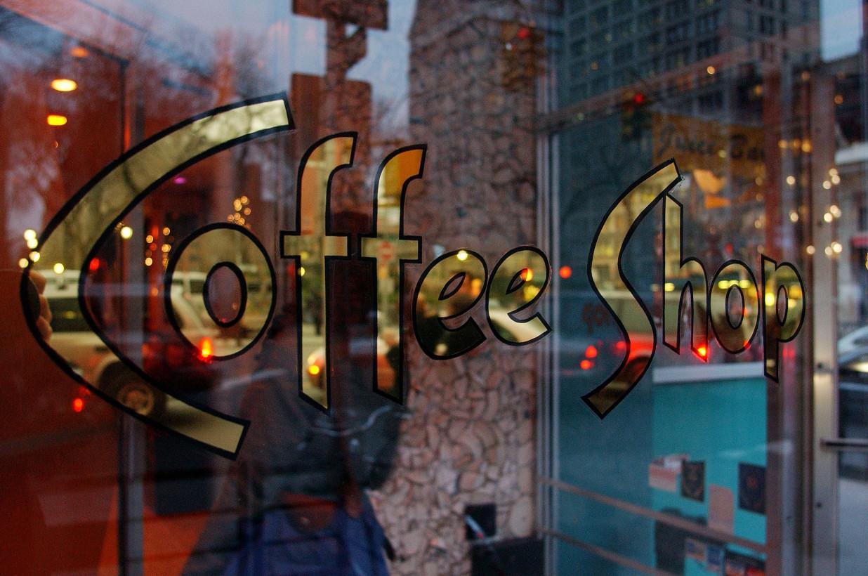 190712-coffee-shop-closing.jpg