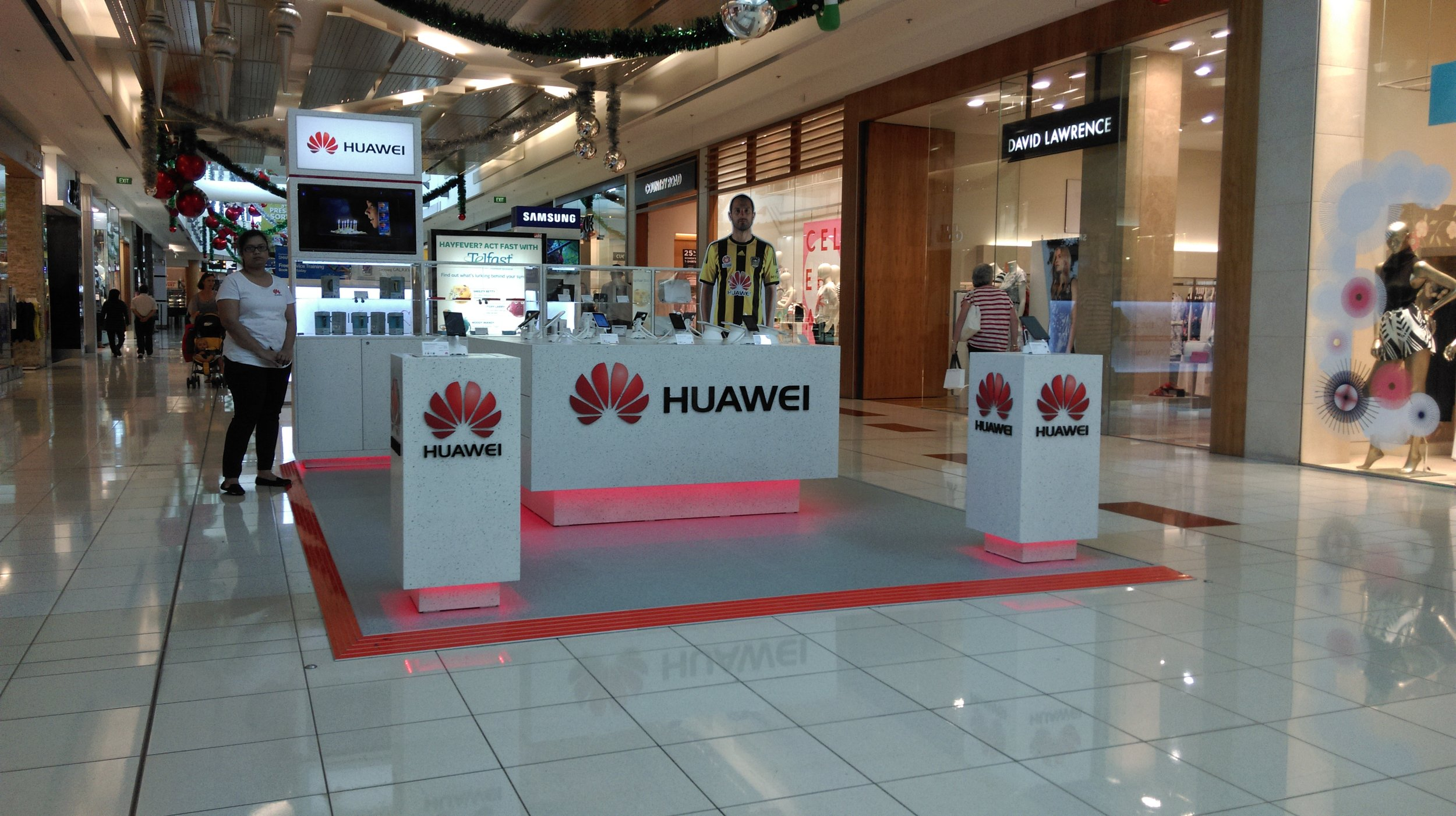 Huawei Mall Display and Stand