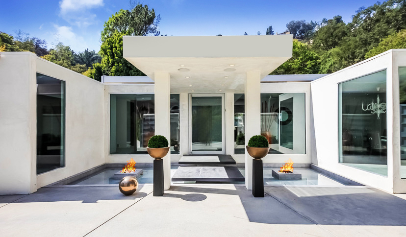 ROSCOMARE DRIVE | BEL-AIR   Mid-Century Modern Estate located in coveted lower Bel Air. Extremely private and secure on a 14,000 sqft flat lot, embodying the highest integrity of architecture.